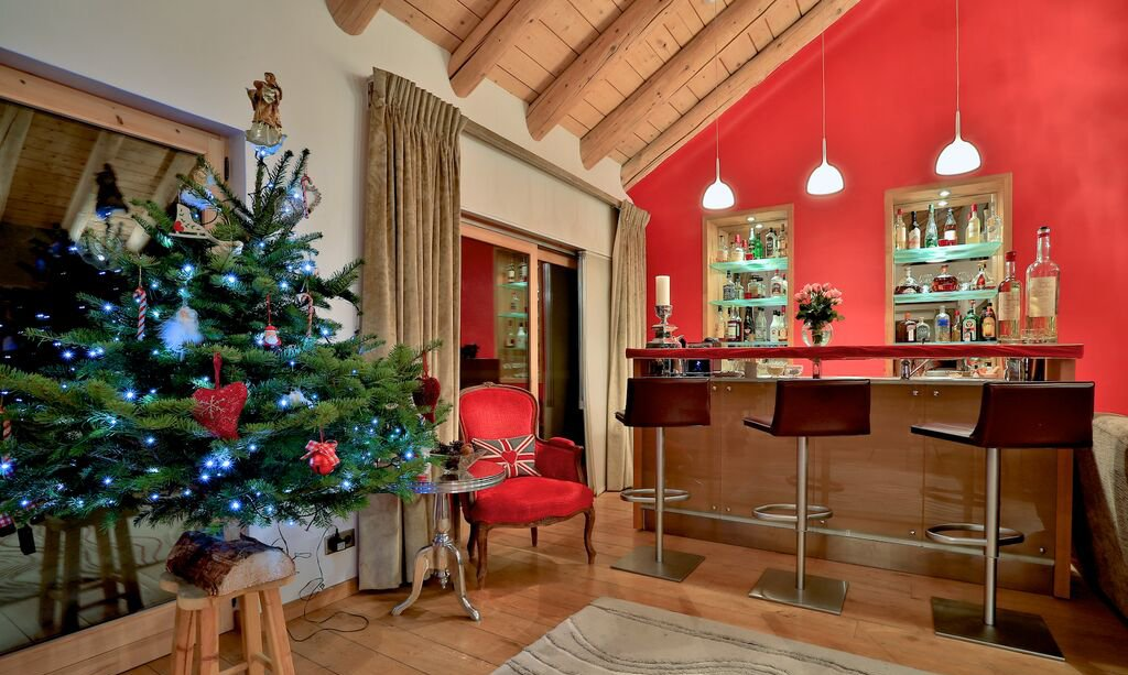 Chalet Arolla at Christmas