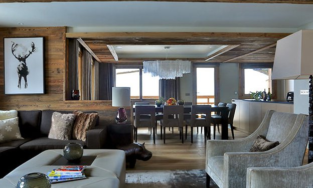 Chalet Carcajou Living Dining Room