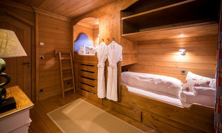 Cabin Bedroom Chalet Moguls
