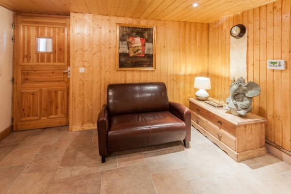 Chalet Virage with heated boot room
