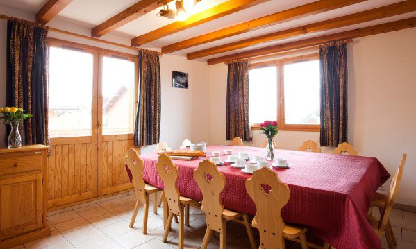 Chalet Alysson Dining Room