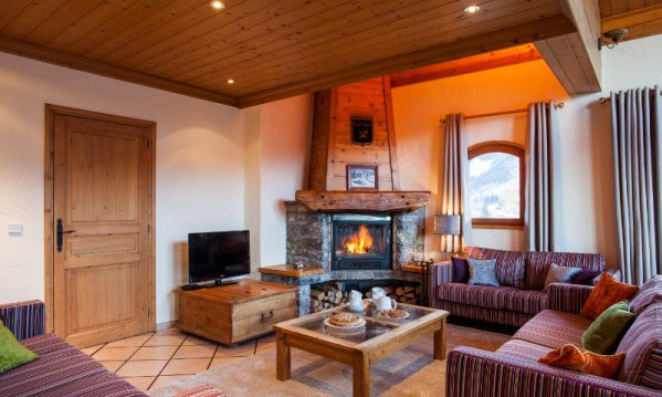 Chalet Chez Menor Living Room