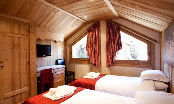 Chalet Ecureuil Twin Bedroom