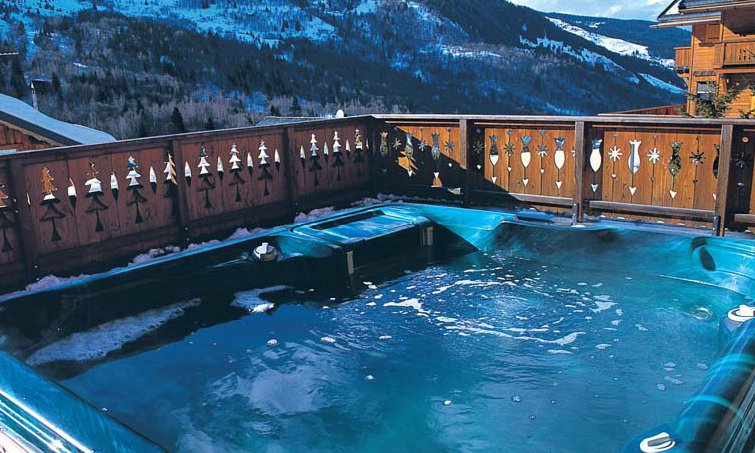 Meribel chalet with hot tub