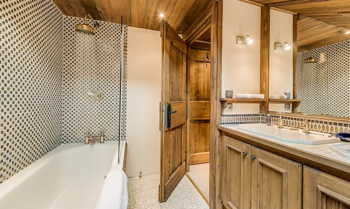 Chalet Chopine Bathroom
