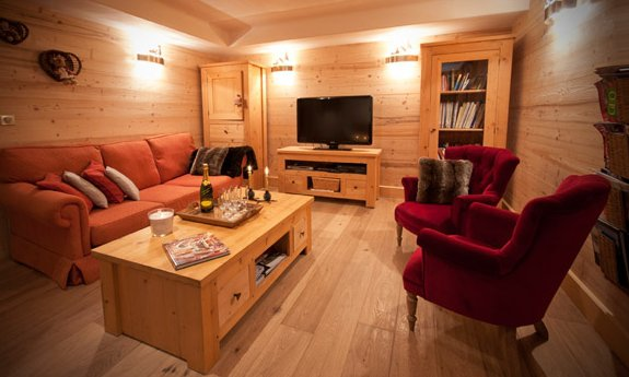Champage in Chalet des Neiges