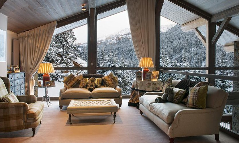 Chalet Les Brames Bright and Airy Lounge