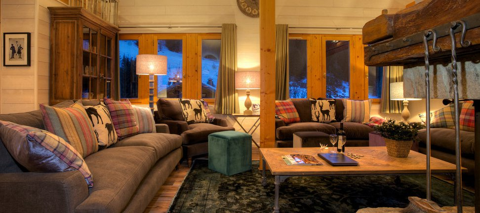 Chalet Pasarale Living Room