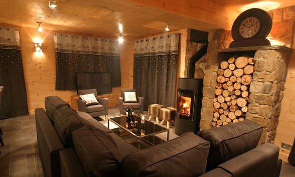 Chalet Petit Silene Lounge with Roaring Fire