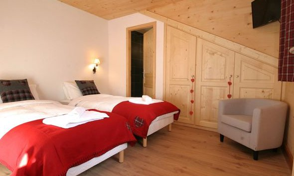 Twin Bedroom Petit Silene
