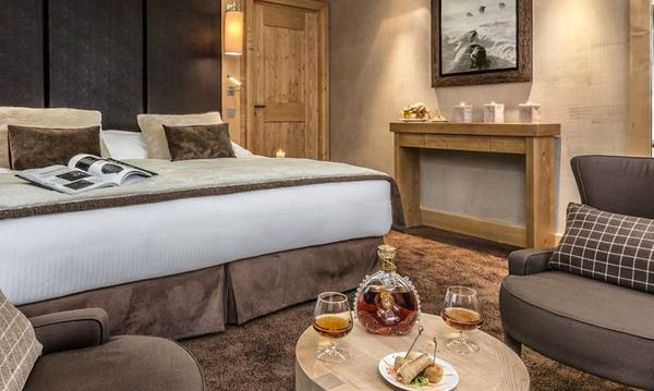Hotel Kaila Meribel Double Bedroom