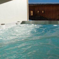 Chalet Bellacima Meribel Hot Tub