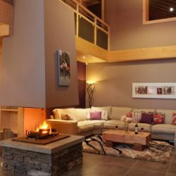 Chalet Bellacima Living room with fire