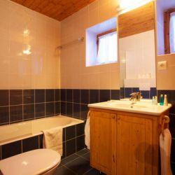 Chalet Cecilia Bathroom