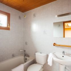 Chalet Alsysson Bathroom
