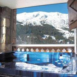 Chalet Etoile Meribel Hot Tub
