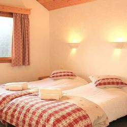 Chalet Foehn Twin Room