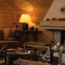 Chalet Bartavelle Roaring Fire