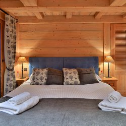 Chalet Du Vallon Double Bedroom