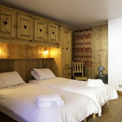 Chalet Emilie Twin Bedroom