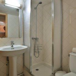Chalet Gaillard Bathroom