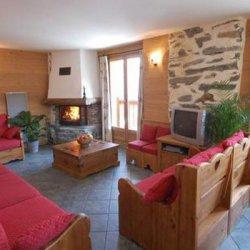Chalet La Grange Living Room Dining Room