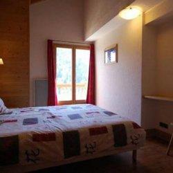 Chalet La Grange Double Bedroom