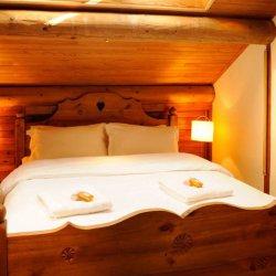 Chalet Petit Gubus Cosy Double Bed