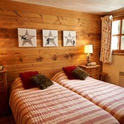 Chalet Sabaudia Twin Bedroom