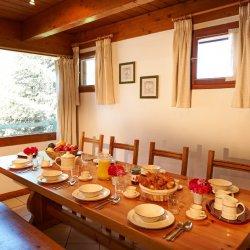 Chalet Sandy Dining Room