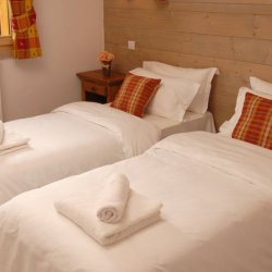 Twin Bedroom at the Chalet Silvanna