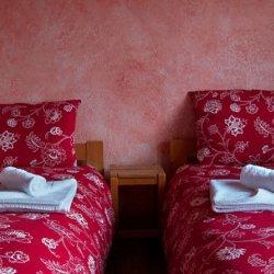 Twin Beds Chalet St Joseph