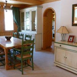 Chalet Quatre Meules Dining Room
