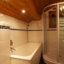 Chalet Sorbier Bathroom