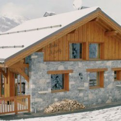 Chalet Astemy in the snow