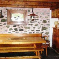 Dining area of Chalet Altitude 1600 in Meribel