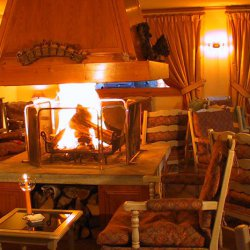 Hotel Marie Blanche Lounge with open fire