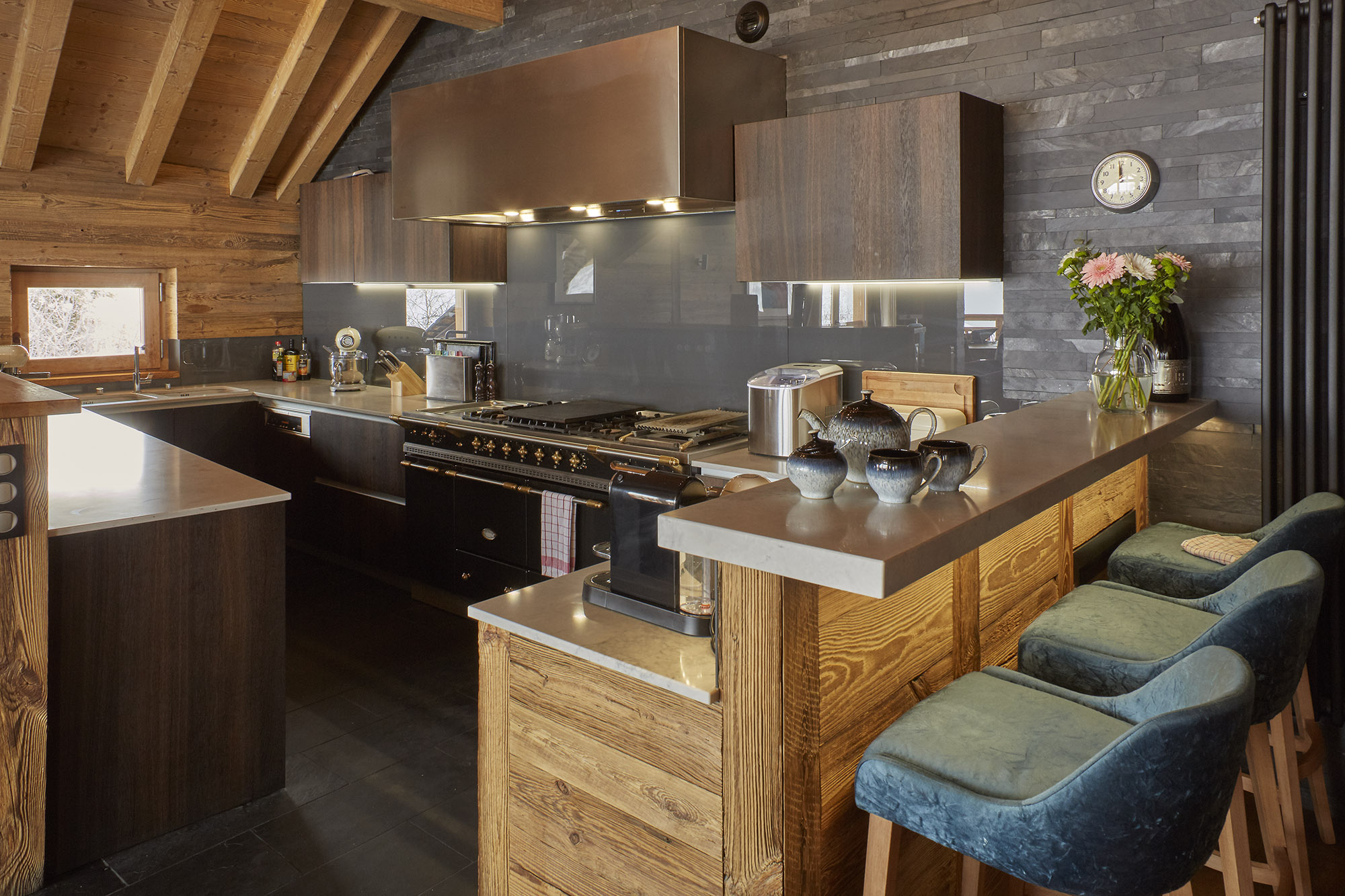 Chalet Iona Kitchen