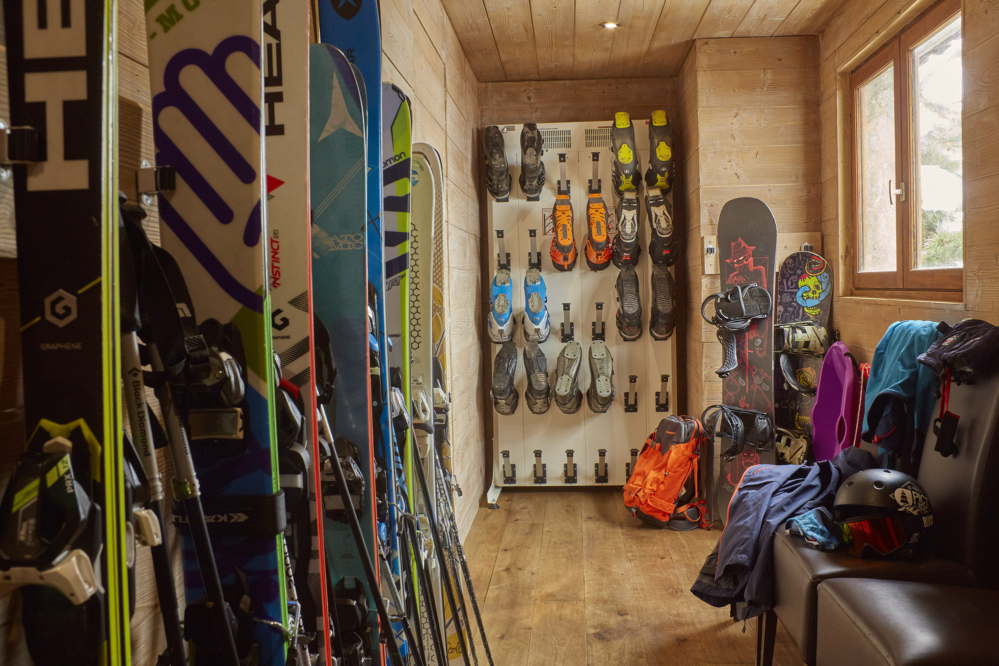 Chalet Iona Ski and Boot Room