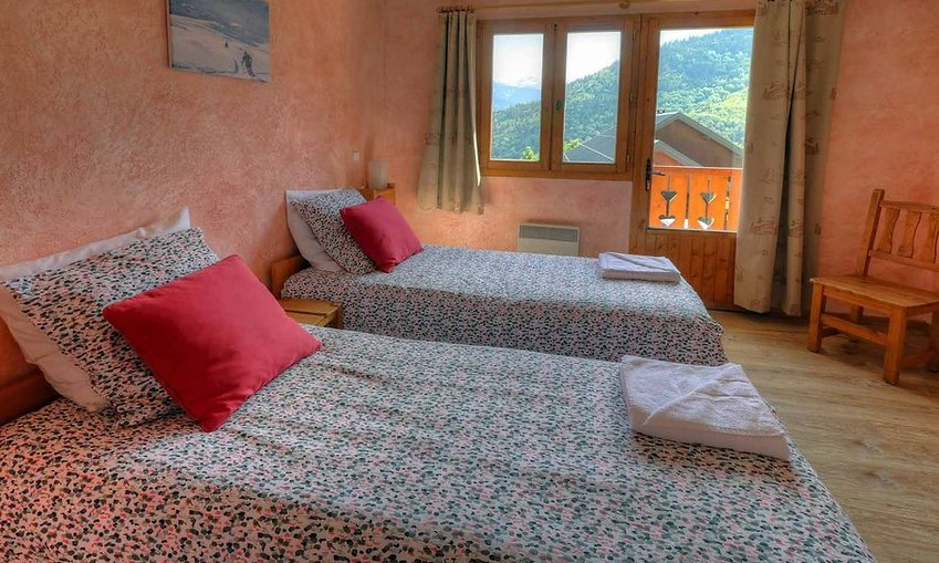 Chalet Josephine Twin Bedroom