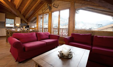 Chalet Katerina Living Dining Room