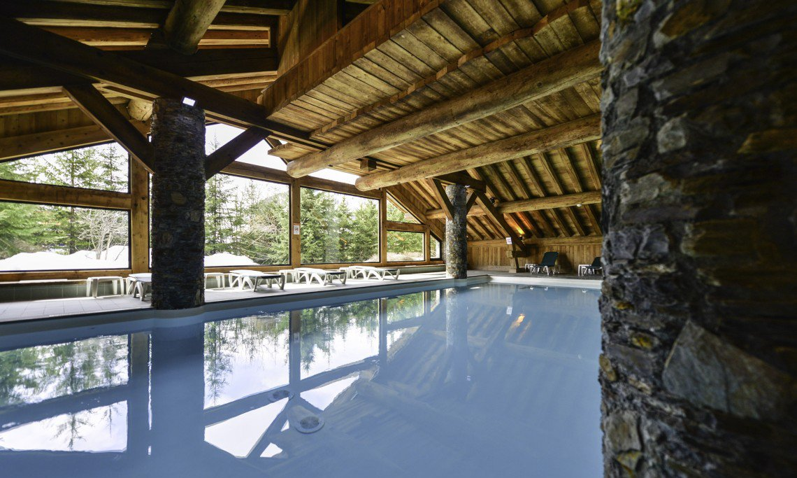 Chalet Swimming Pool