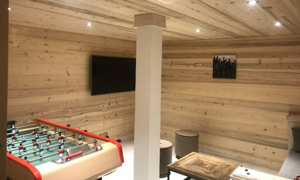 Games and TV room in Chalet Chardon in Meribel