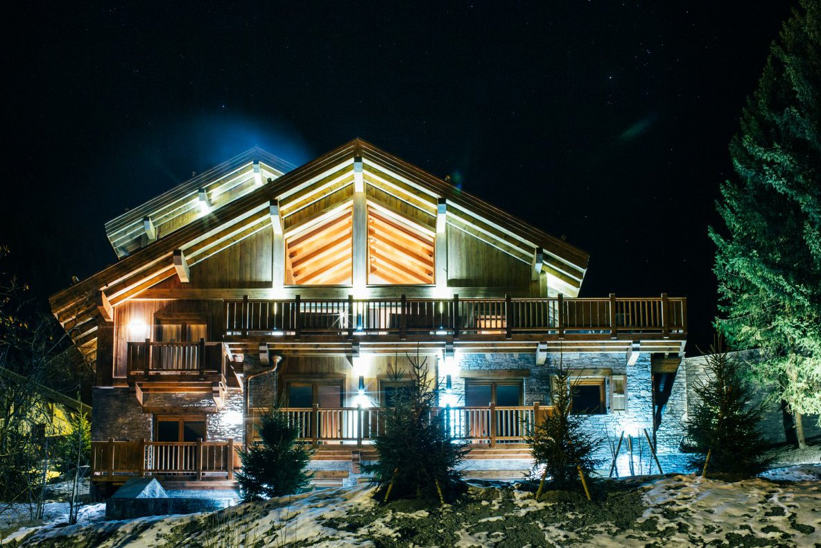 Chalet Le Grenier at Night