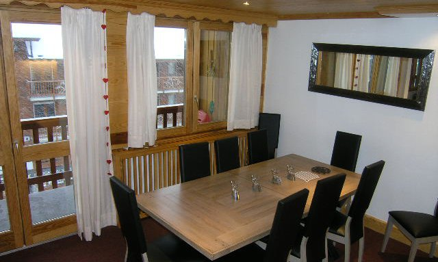 The dining area in apartment Le Centre
