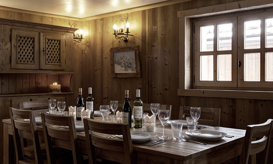 Chalet L'Arbalete Dining Room