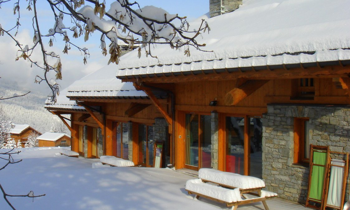Chalet Braye in the Snow