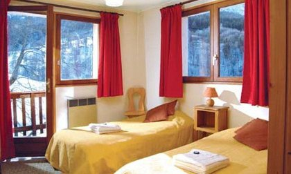 Chalet Cote Darlin Bedroom