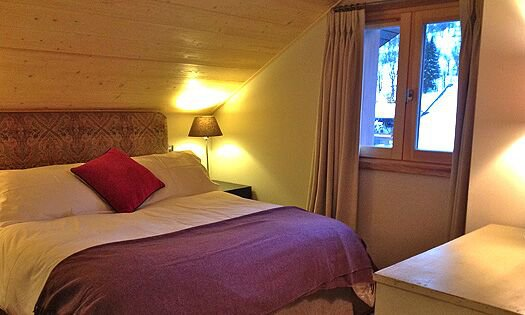 Double bedroom in Chalet Montee