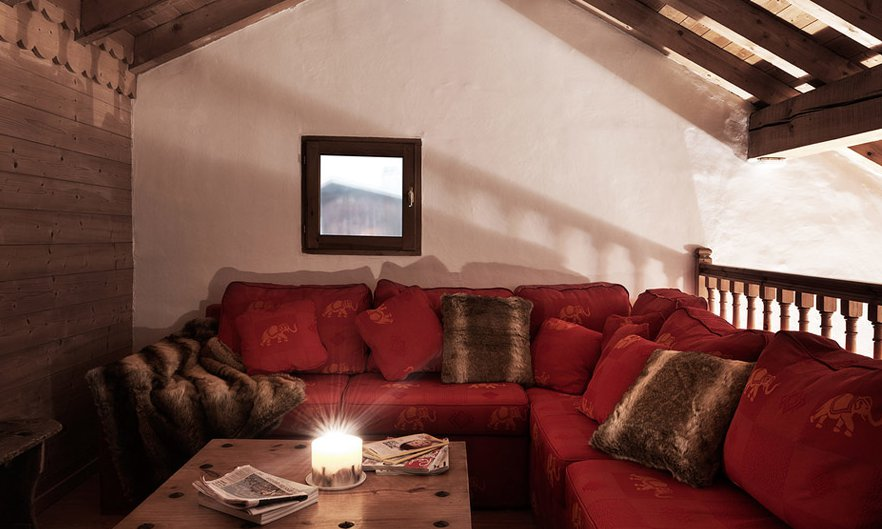 Cosy chalet snug